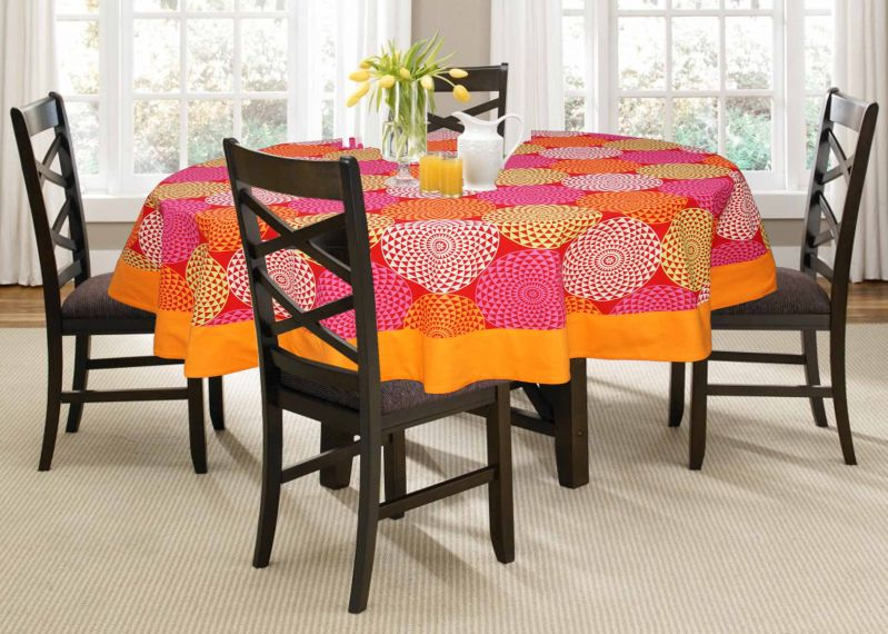 Buy Lushomes 4 Seater Spiral Printed Round Table Cloth online