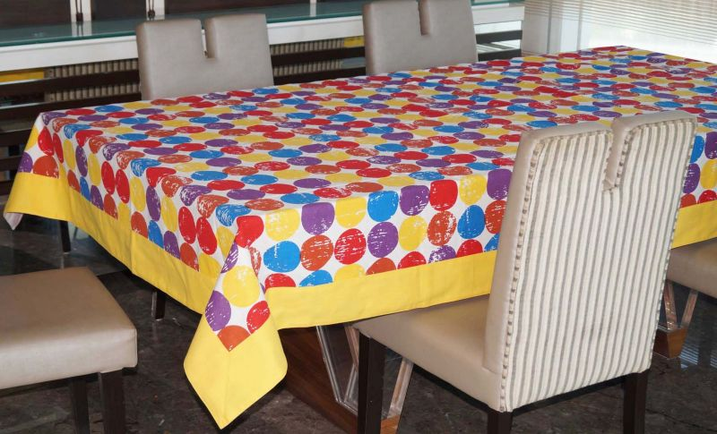 Buy Lushomes 6 Seater Small Titac Printed Table Cloth online