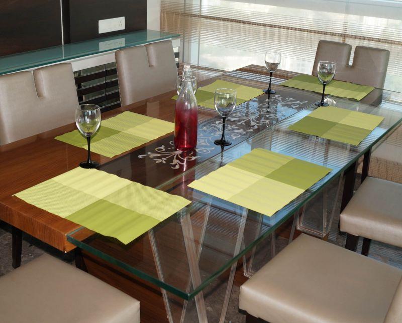 Buy Lushomes Green Waterproof Tablemat Set (6 Pcs) online