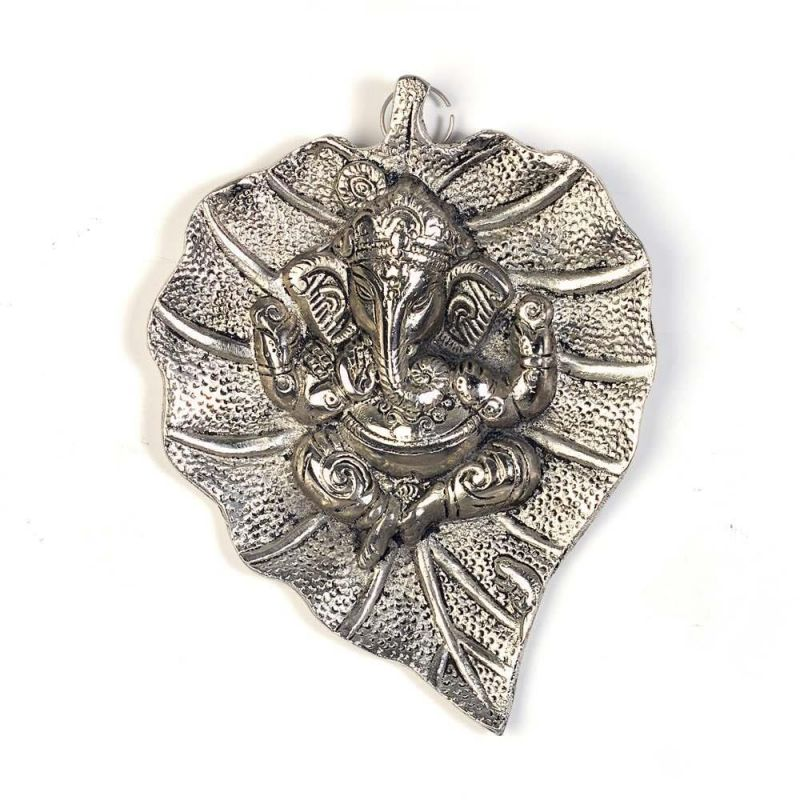Buy Vivan Creation Oxidized White Metal Leaf Ganesha Idol Hanging 322 online
