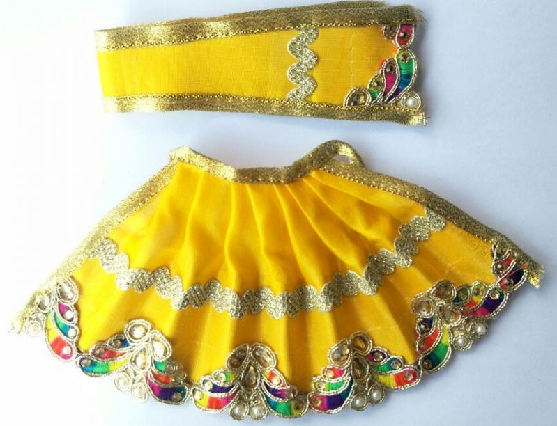 Buy Classic Mor Design Lehanga For Devi / Designer Lehanga For Mataji online