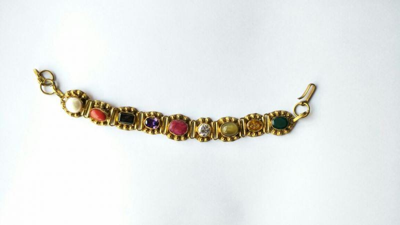 Buy Beautiful Decent Look Navratna Bracelet / Attractive Navratna Bracelet / Designer Bracelet online