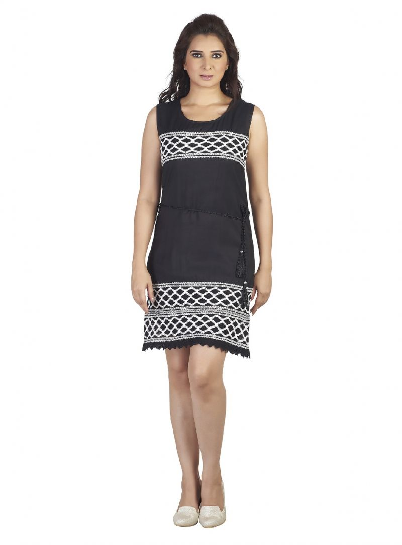 Buy Soie  Featuring Synthetic Material Black Dress Which Has Contrast Color Lace Overall online