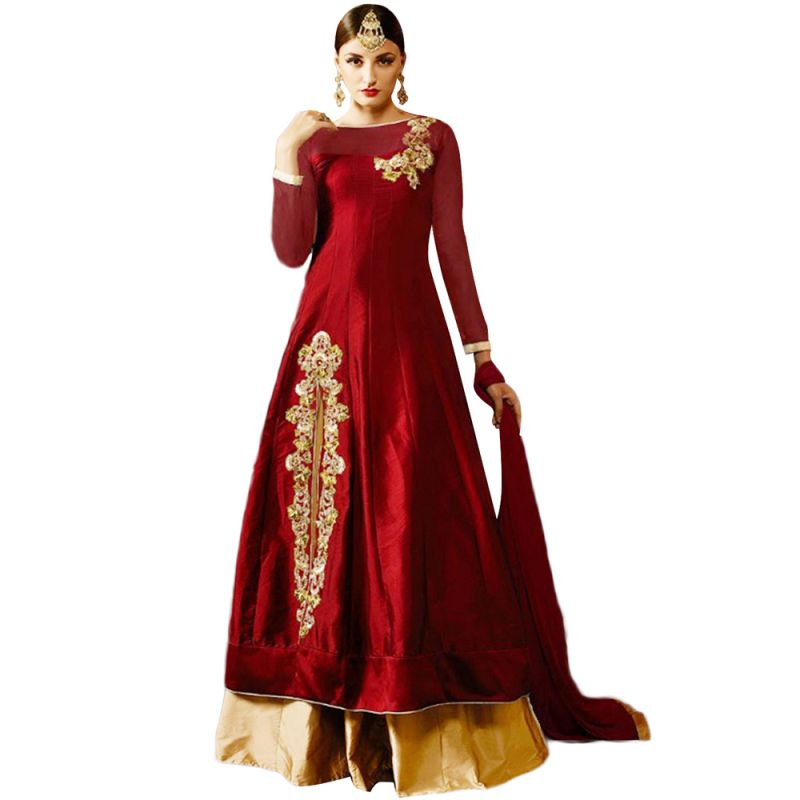 Buy Bollywood Replica  Designer Red Tapeta & Net With Siqwans   Tar Embroidered & Stone Work Lehengas online