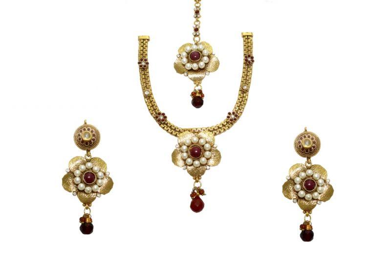 Buy La Trendz Flower Shape Ruby Maroon Women Necklace Set( Cprs9m) online