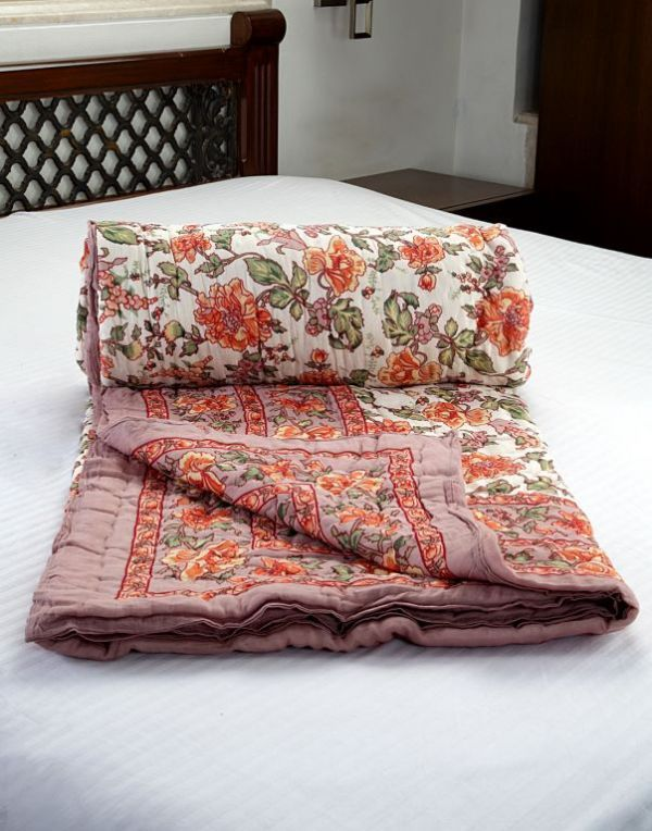 Buy Jodhaa Doubles Cotton Quilt / Razai In Floral Print In White / Brown online