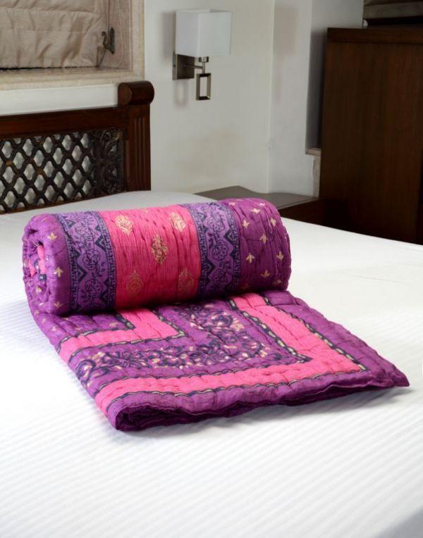Buy Jodhaa Doubles Cotton Razai / Quilt online