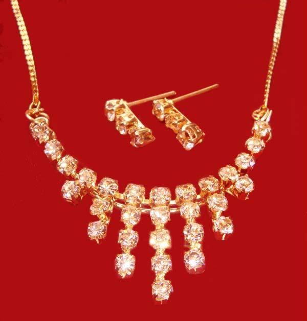Buy Versatile American Diamond Set online