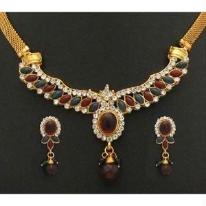 Buy Gold Plated Ethnic Choker Set online