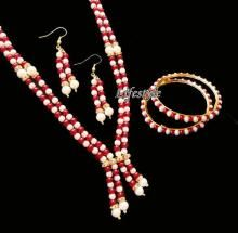 Buy Exclusive Jewellery Pearl Set With Bangles online