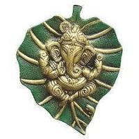 Buy Ganesha Leaf Hanging (metal) Ganesh Ji Hanging Ganesha Statue Idols online