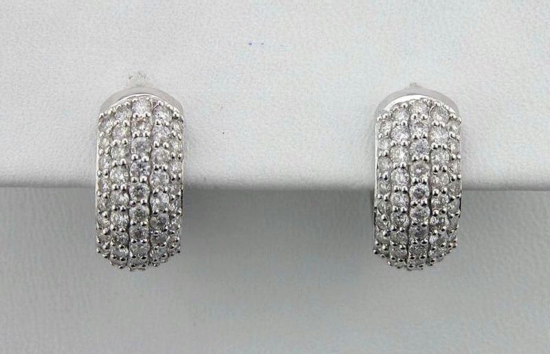 Avsar Real Diamond Bali Shape Earrings Online