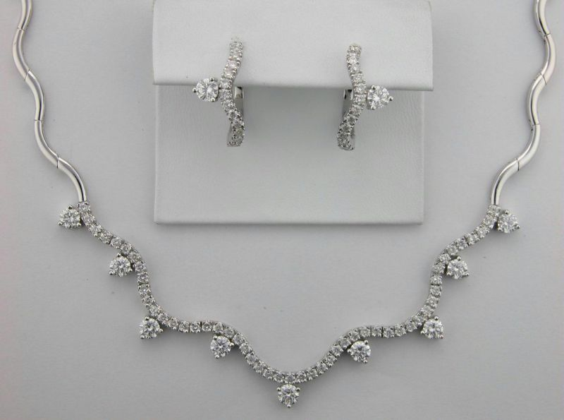 Buy Diamond Wedding Ceremony Necklace Set online
