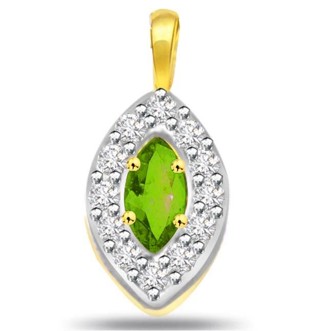 Buy Surat Diamond Oval Shape Diamond & Emerald Pendant - P509 online