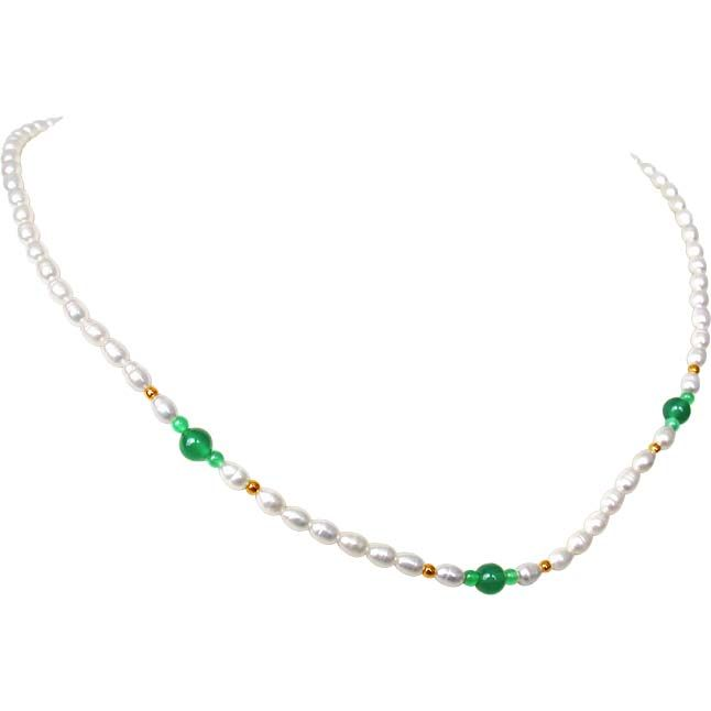 Buy Surat Diamond Pearl Green N Graceful Necklace Sn240 online