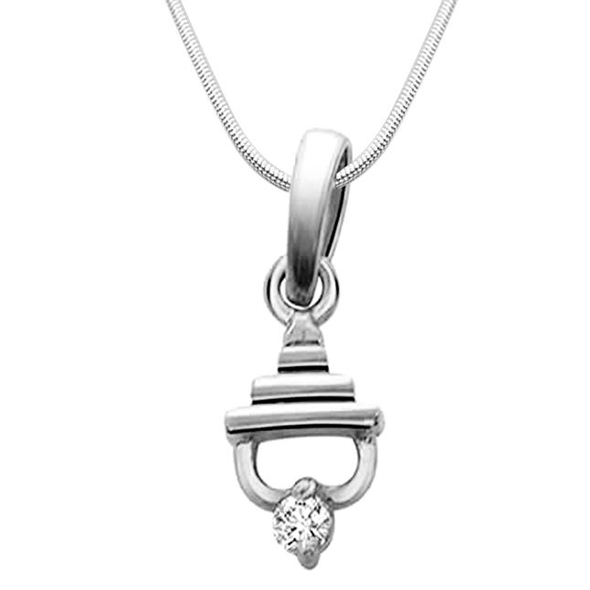 Buy Surat Diamond Temple Beauty - Real Diamond & Silver Pendant With 18 Inch Chain- Sdp63-2 online