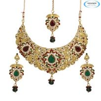 Vendee Fashion Maroon & Green Alloy Necklace Set 6763
