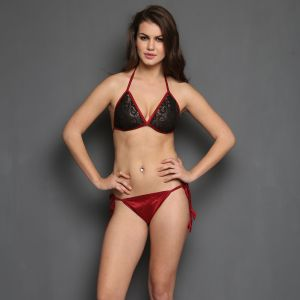 Clovia Bra Brief Set In Maroon BP0234P09