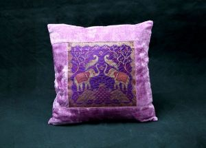 Jodhaa Velvet Cushion Cover With Brocade Patch Lavender & Gold