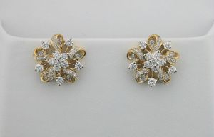 Avsar Real Gold And Diamond Earrings