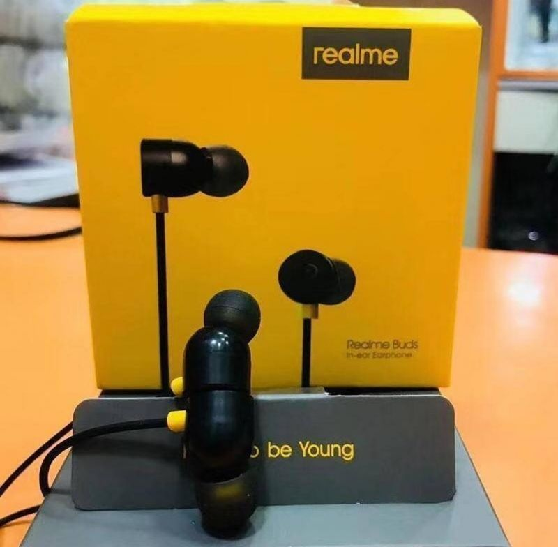 Buy Realme Earbuds With Mic For Android Smartphones (black) online